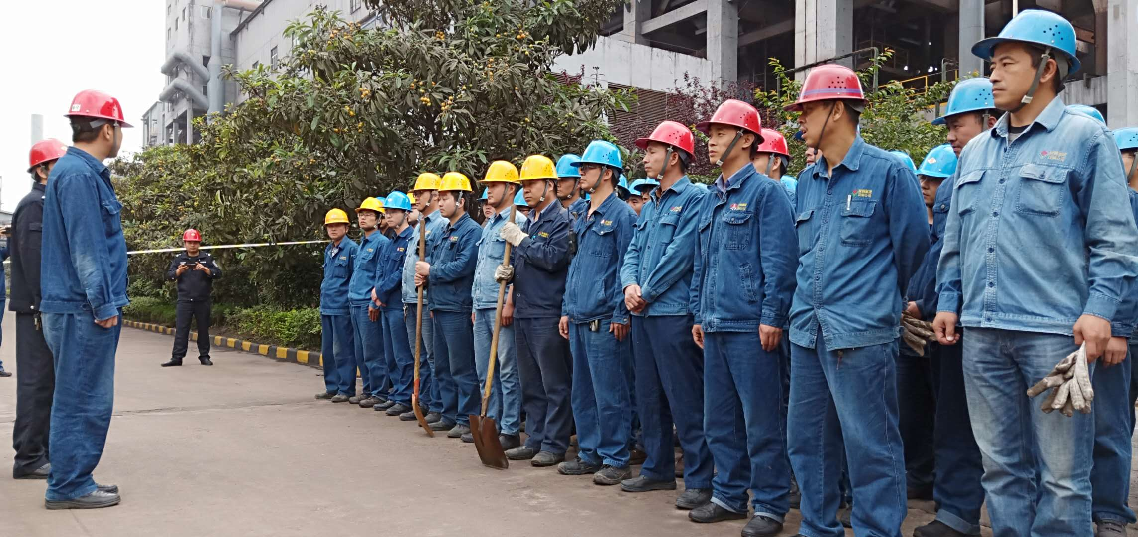【基层动态】应急管理月中的应急活动 ——炼铁厂应急管理月活动纪实